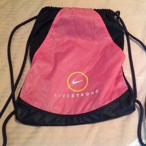 Nike Livestrong Shoe Bag In Excellent Condition